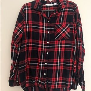 """Woman's Old Navy """"The Classic Shirt"""""""